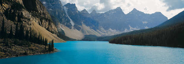Moraine Lake, Banff National Park, Alberta, Canada - Axel M. Mosler
