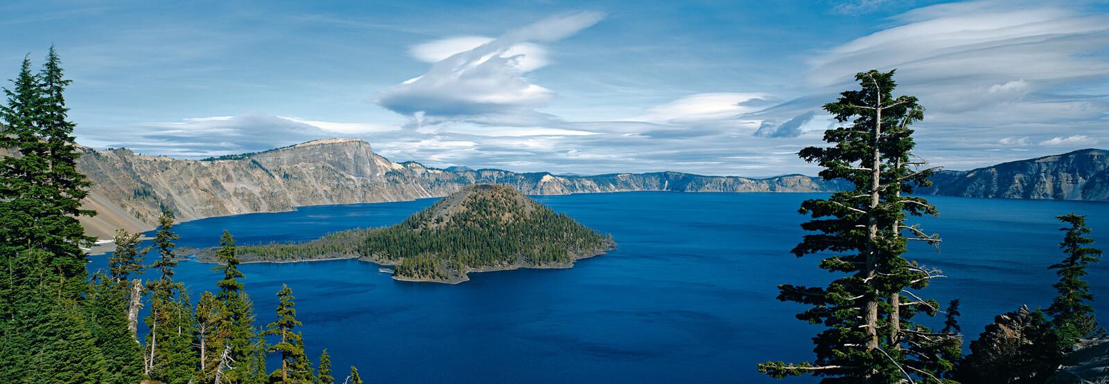 Crater Lake National Park, Oregon, USA - Axel M. Mosler