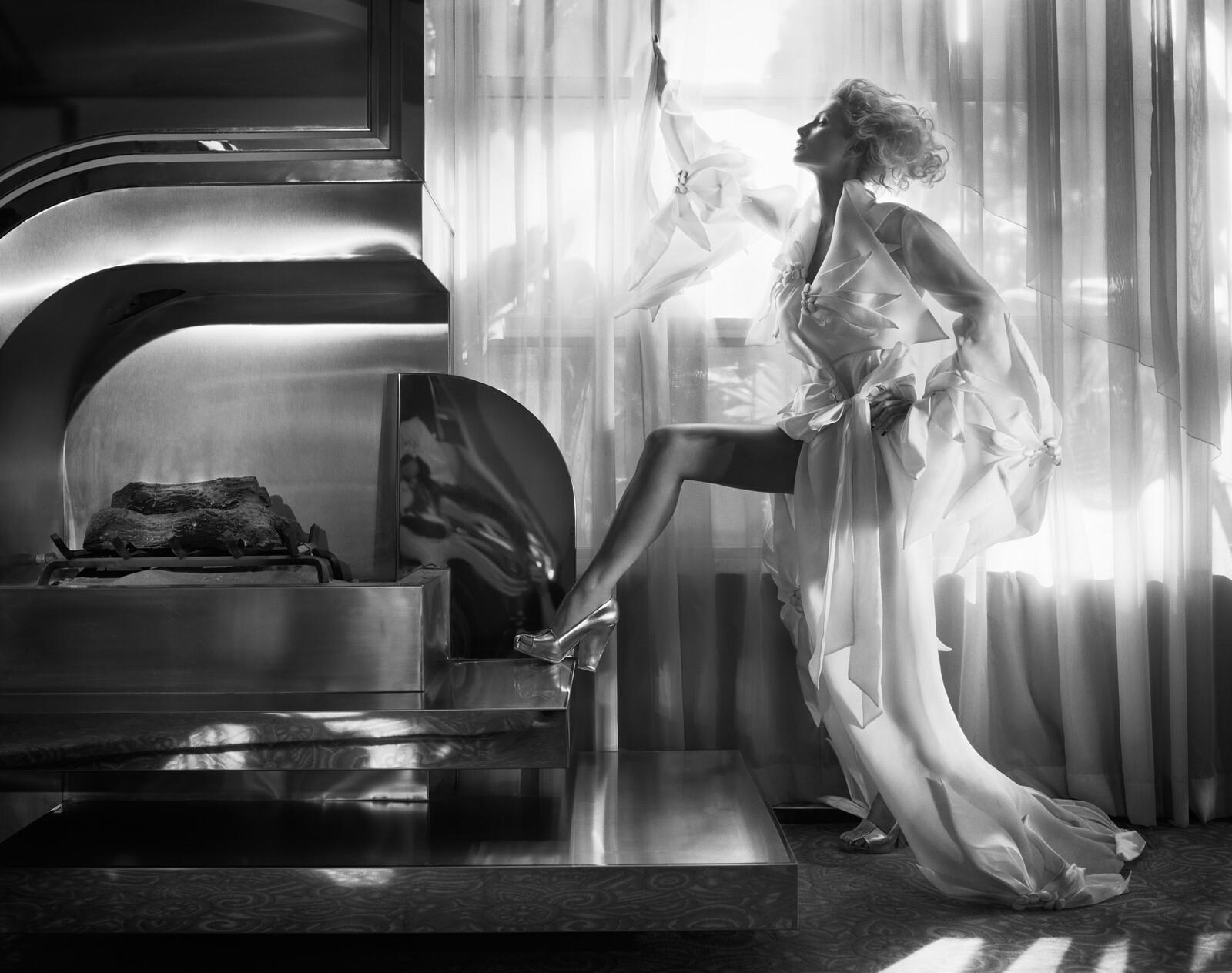 Paris Hilton - Tony Duran