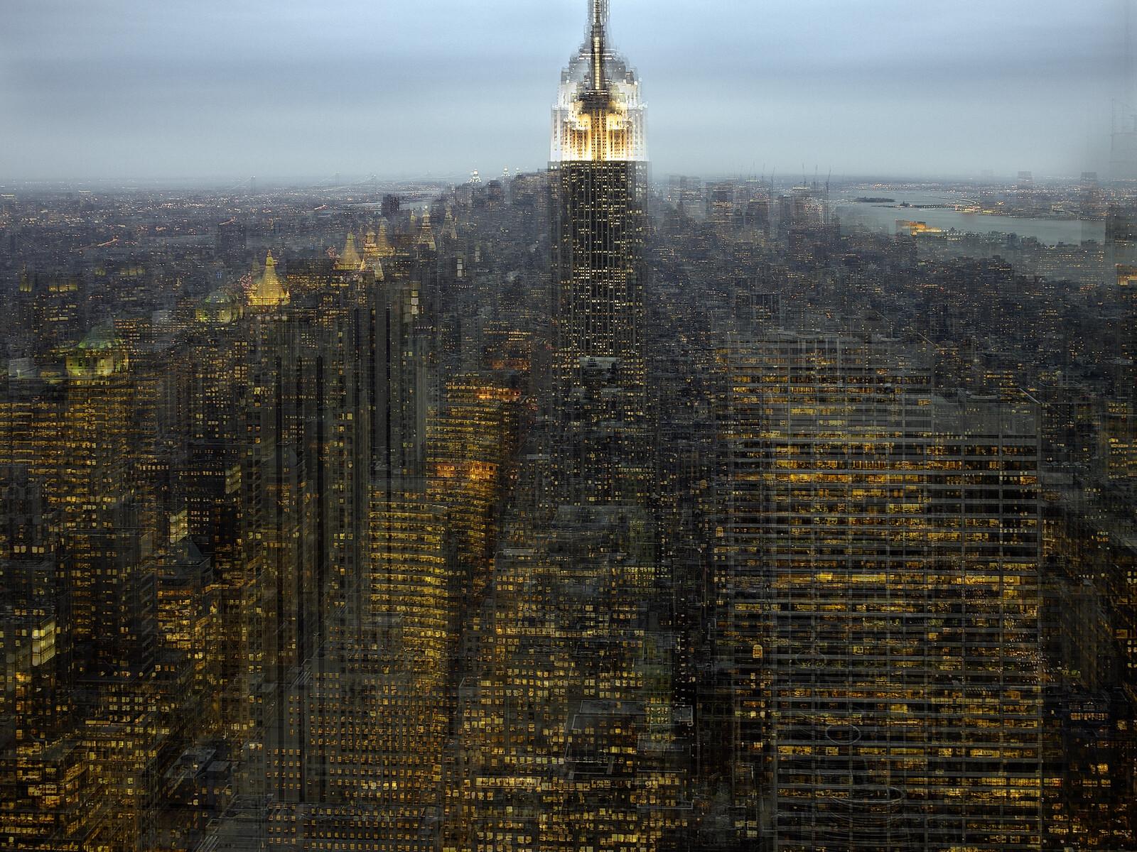 Empire 2, NY - Alfonso Zubiaga