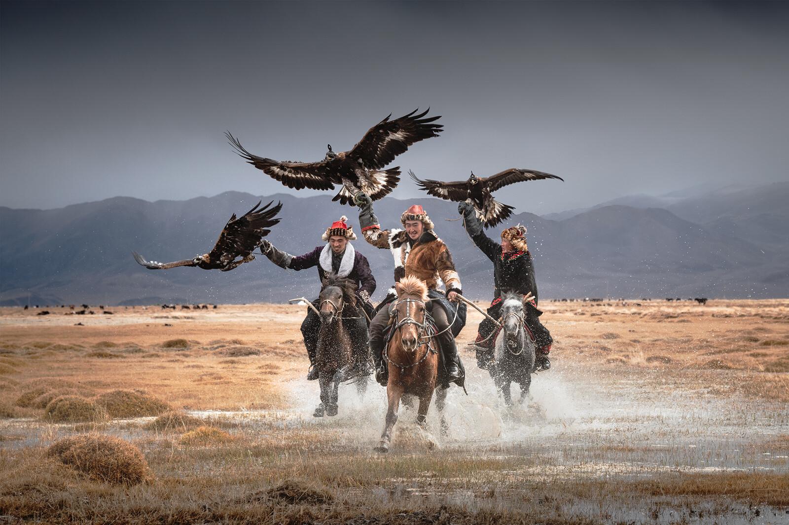 Mongolia Eagle Hunters - Daniel Kordan