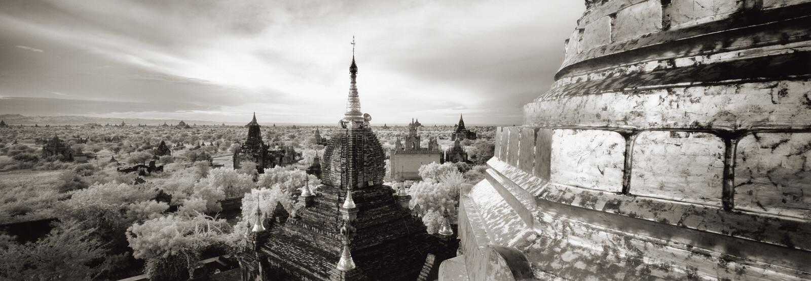 Dhammayazika Pagoda, Bagan, Myanmar - Helmut Hirler