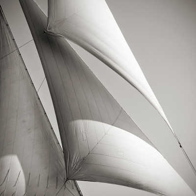 Sails of Avel de Jonathan Chritchley