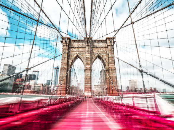Brooklyn Bridge in Red - Johannes Weinsheimer