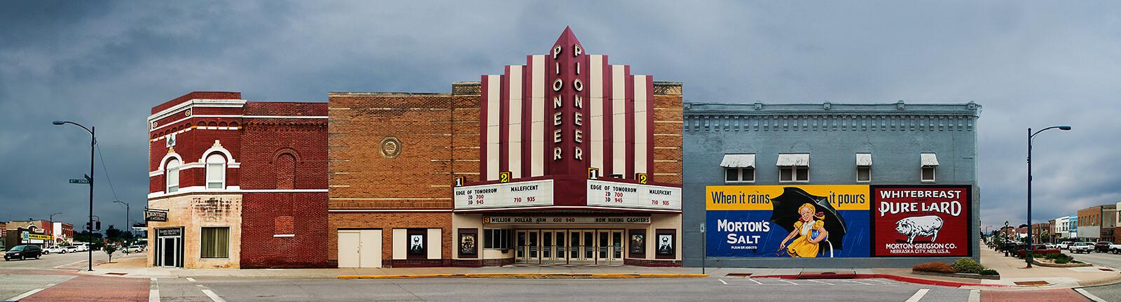 Nebraska City, Nebraska, 11th Street - Larry Yust