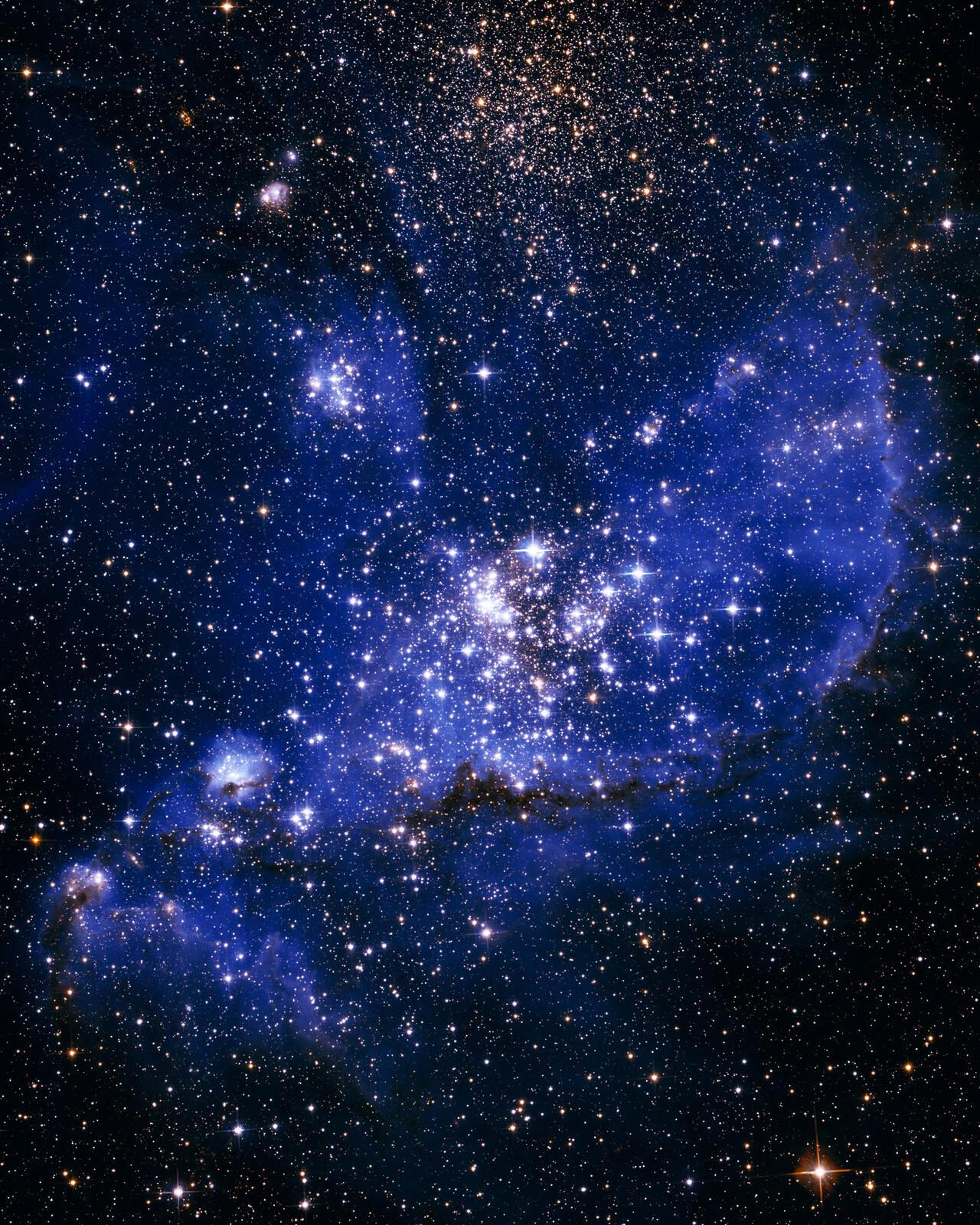NGC 246 Nebula (NASA/ JPL - Caltech) - Hubble Telescope
