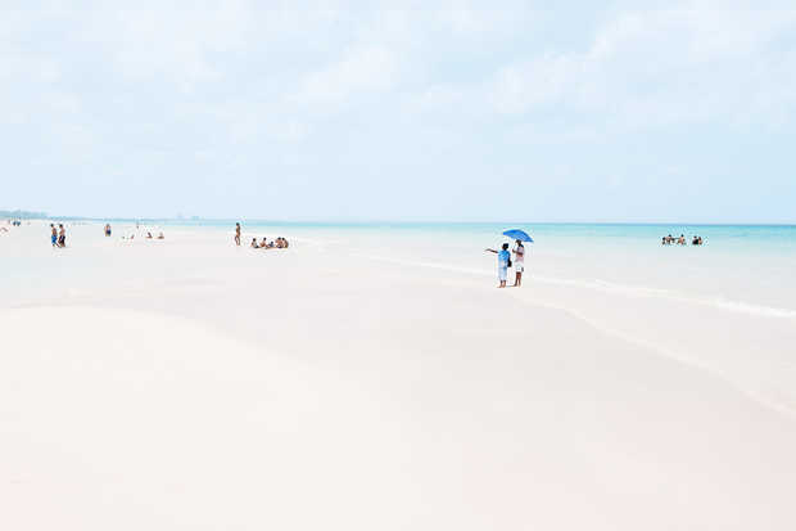Beach IV - Julia Christe