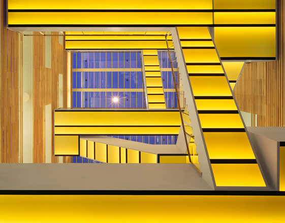 Staircase yellow - Adam Mørk