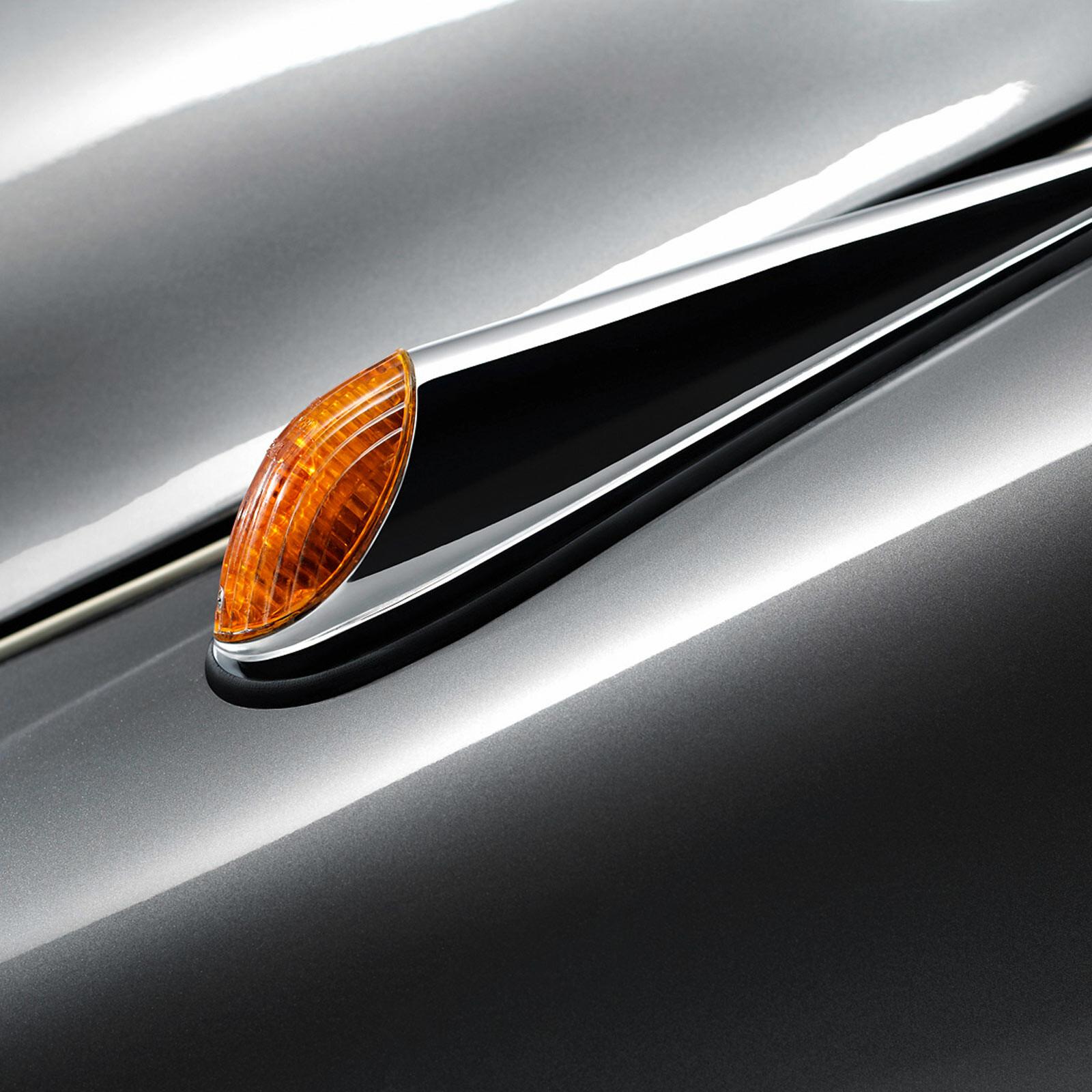 BMW 502/V8 Detail III - Bmw Edition | Erik Chmil