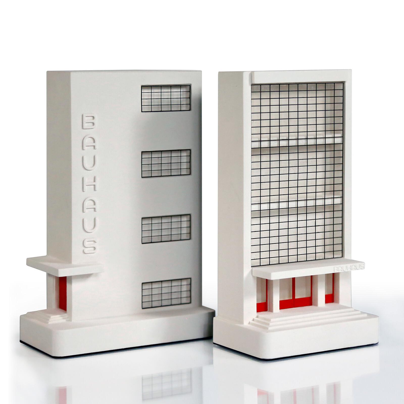 Bauhaus Dessau Entrance - Chisel & Mouse
