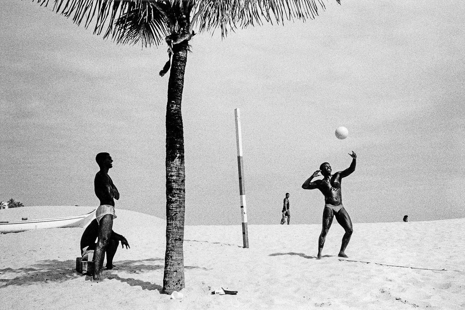Ipanema Beach - Christopher Pillitz