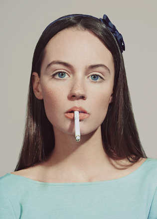 Indiana and the cigarette - Emmanuelle Descraques