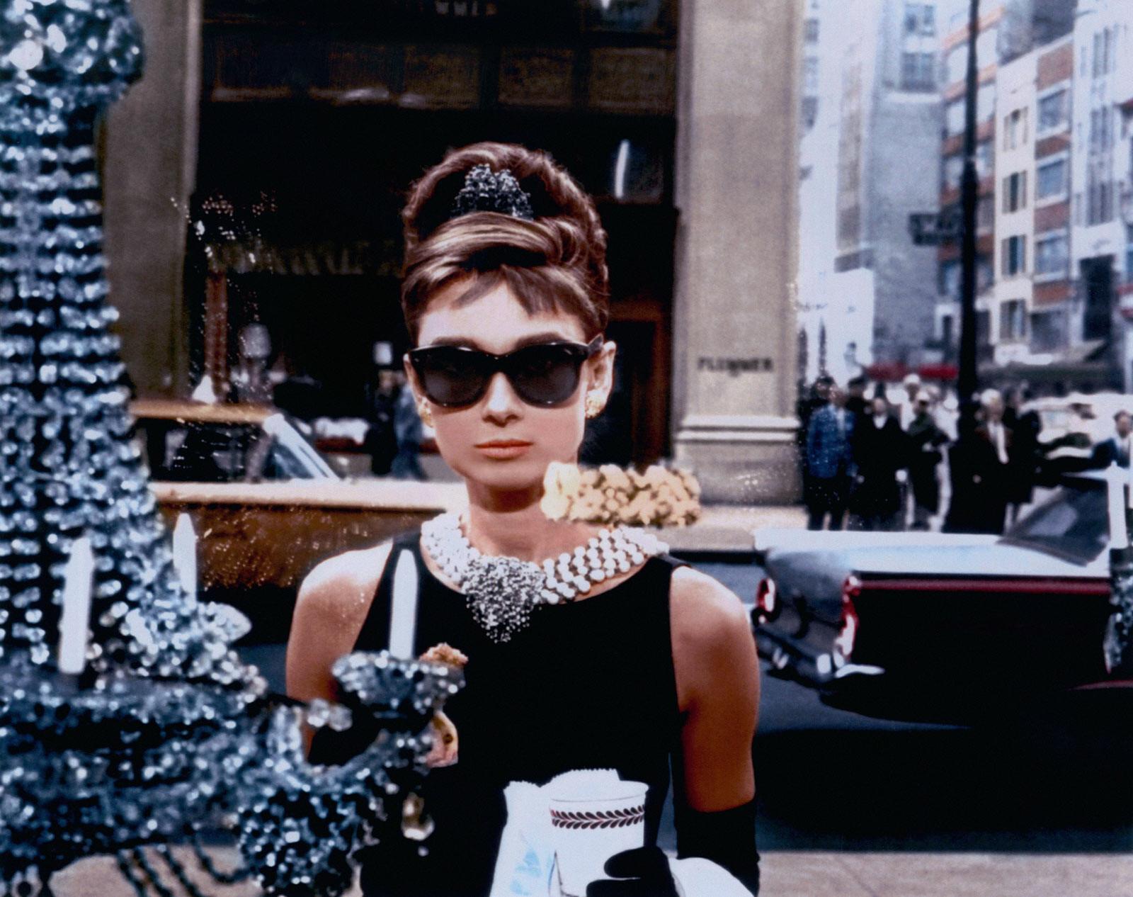 Blake Edwards – Holly Golightly (Audrey Hepburn)– Lumas.de