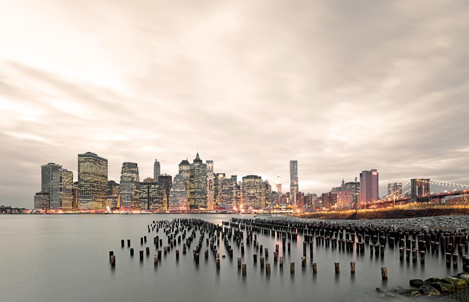 East River III - Horst & Daniel  Zielske