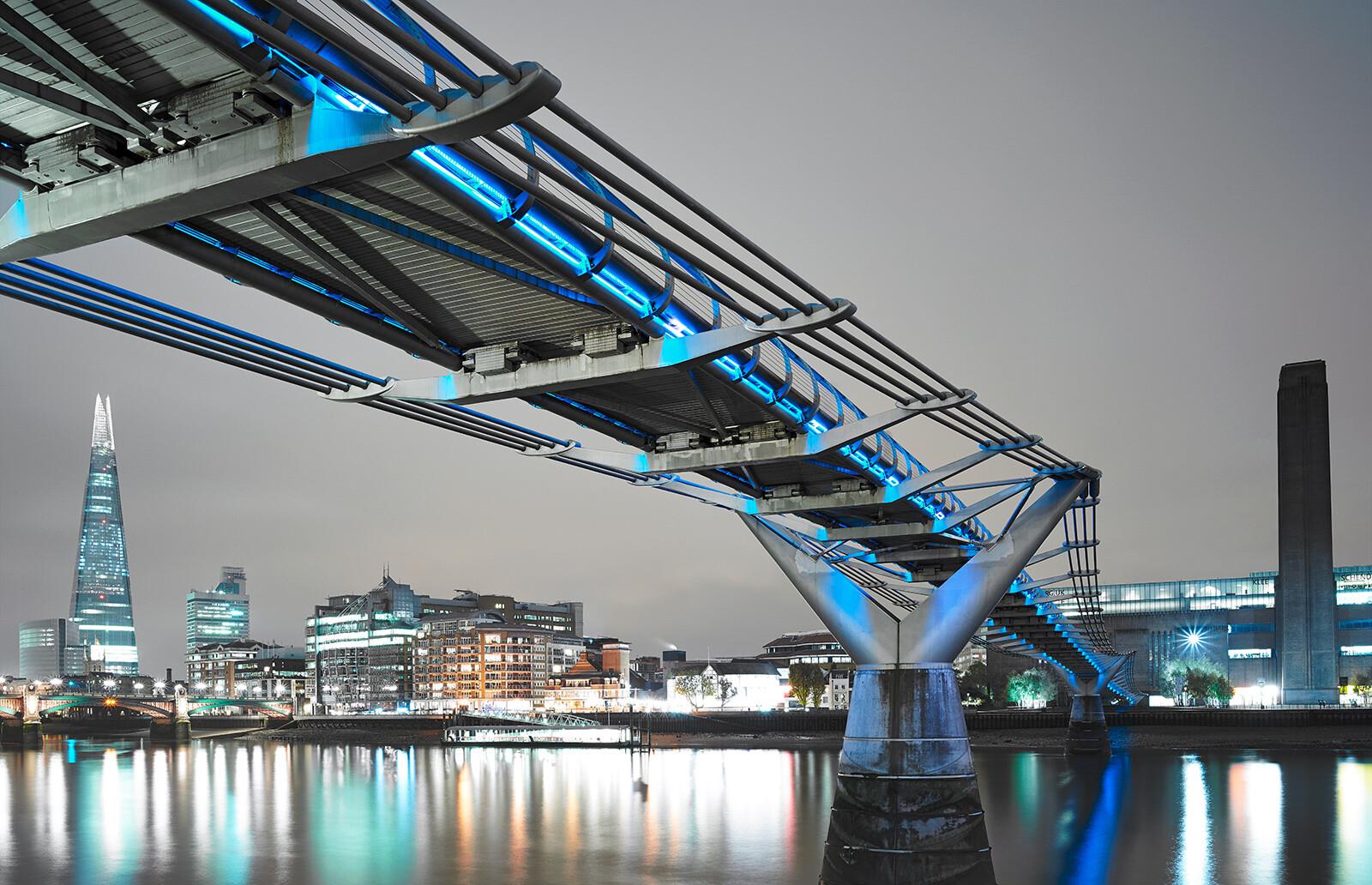 Millennium Bridge - Horst & Daniel  Zielske