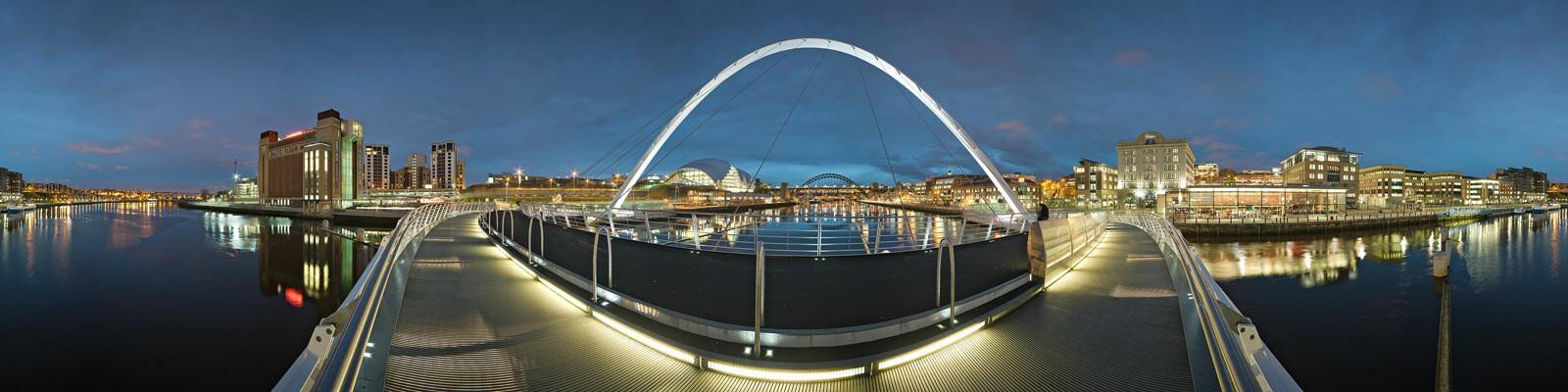 Newcastle, Gateshead Millenium Bridge - Josh Von Staudach
