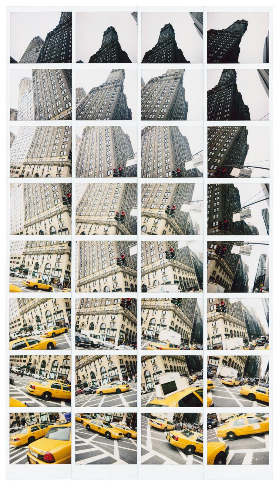Yellow Dance, New York 2008 - Maurizio Galimberti