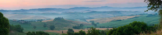 Pienza Emerald - Peter Adams
