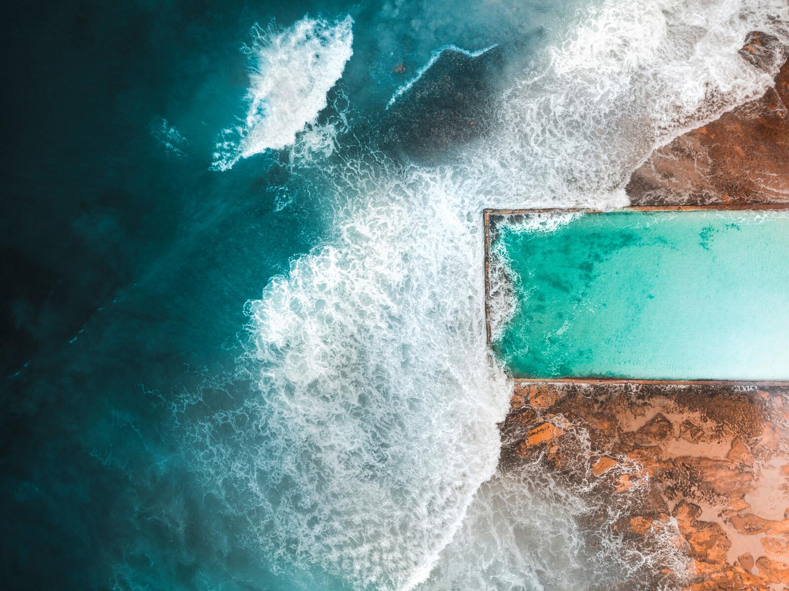 Cronulla Rock Pool 02 - Peter Yan