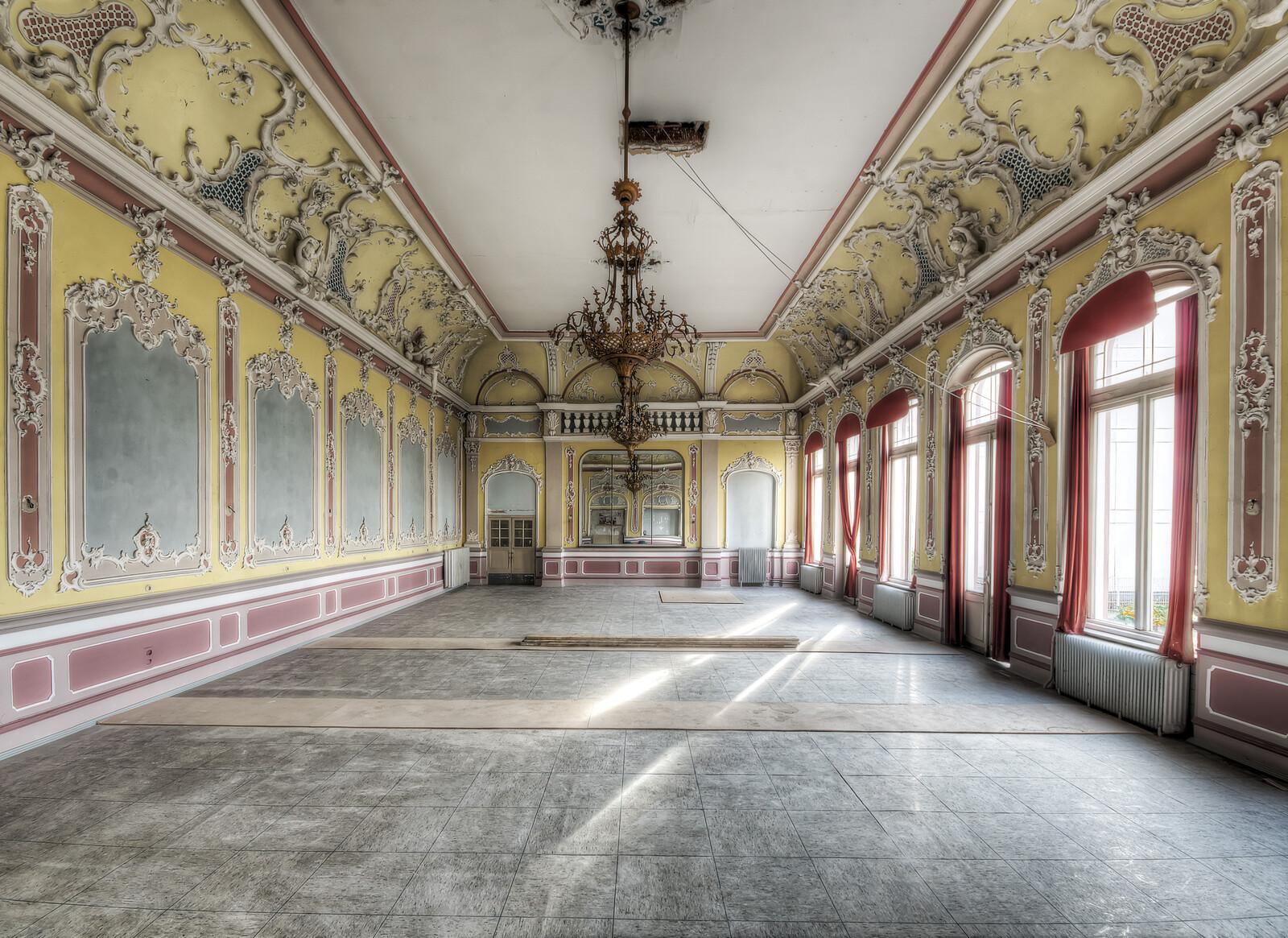 Ballroom Baroque - Roman & Anna Küffner