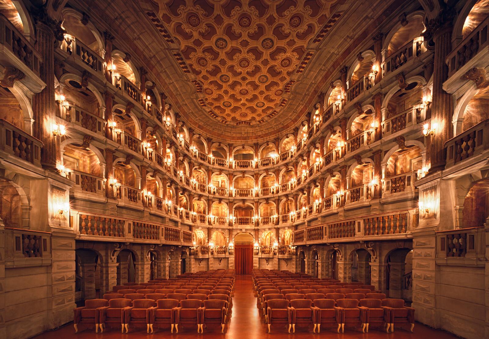 Teatro Bibiena - Rafael Neff