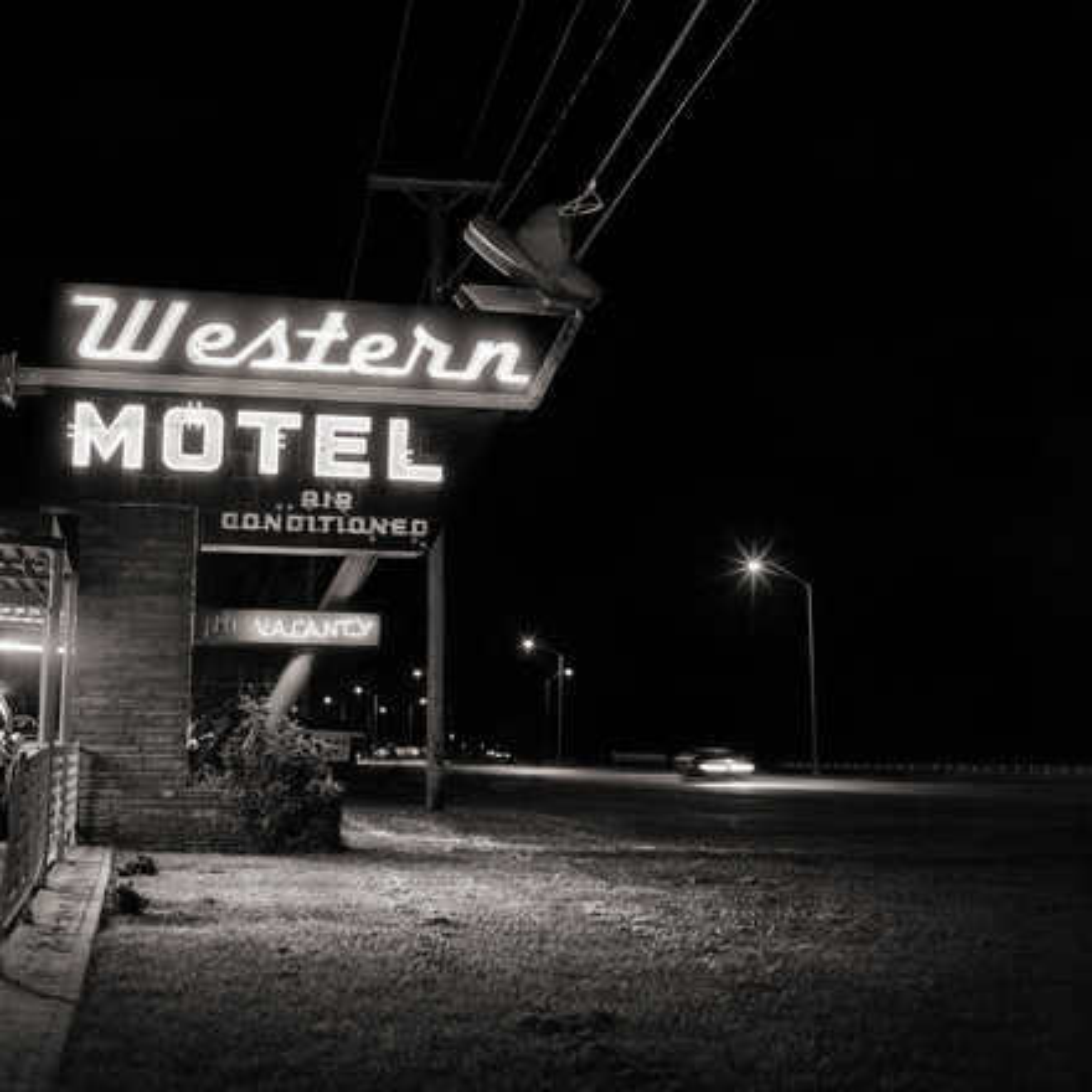 Western Motel - Shannon Richardson