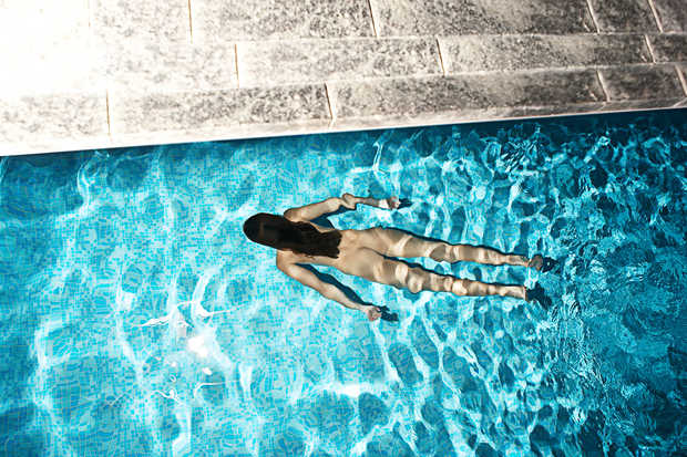 Pool - Alexander Straulino | Trunk Archive