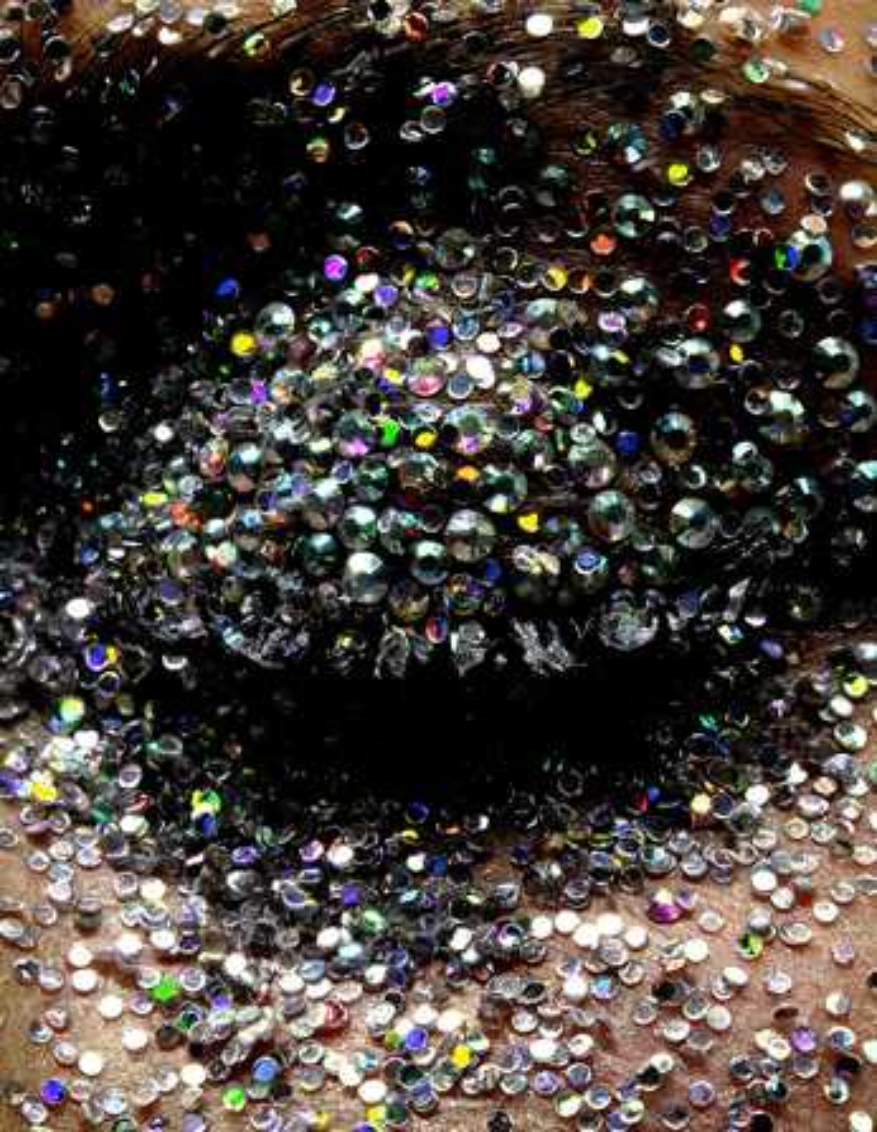 Glitter Eye - Alexander Straulino | Trunk Archive